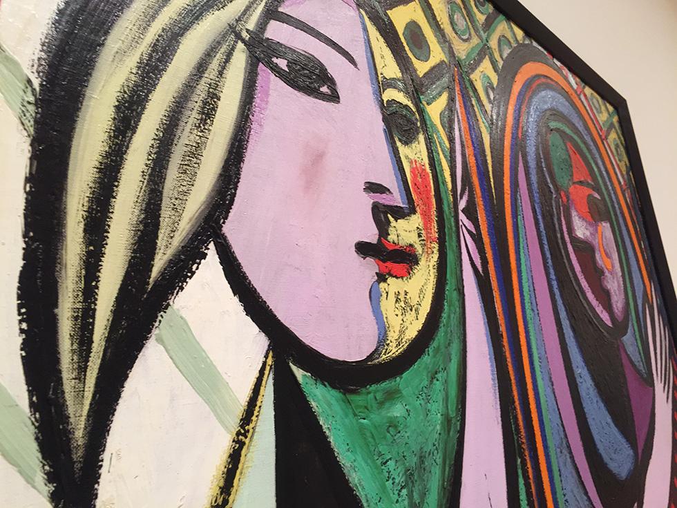 ピカソの「鏡の前の少女」