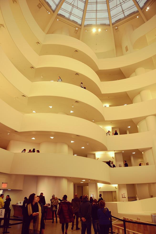 グッゲンハイム美術館の内部