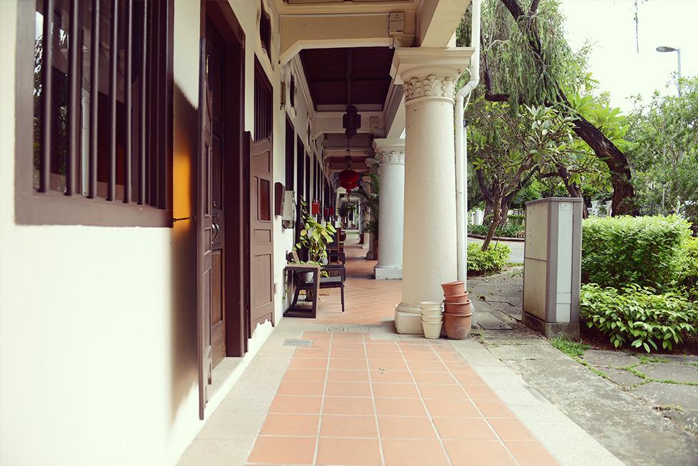 プラナカン様式の建物の通路