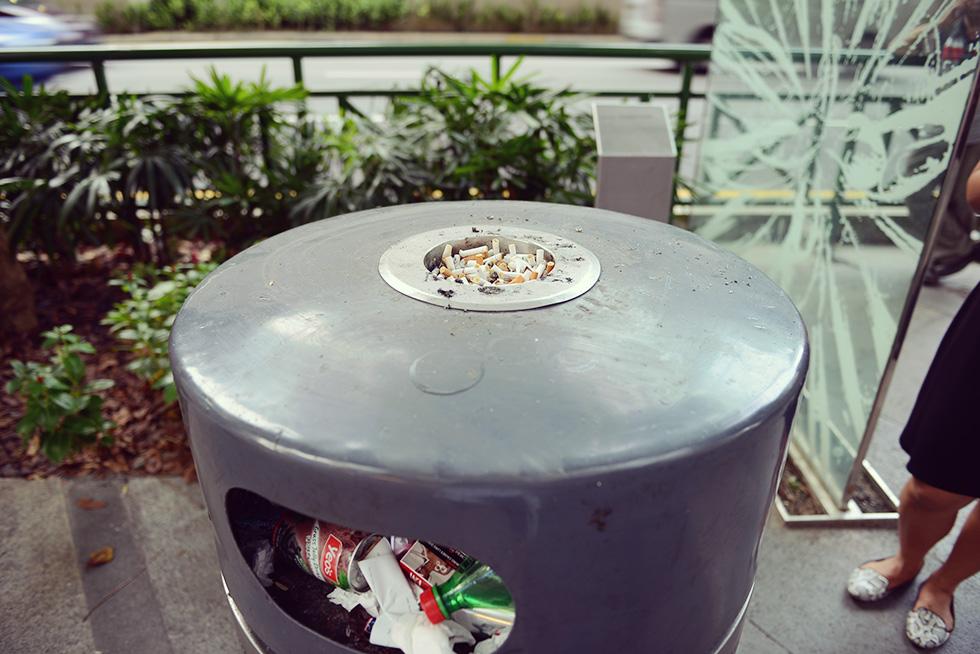 ゴミ箱&灰皿