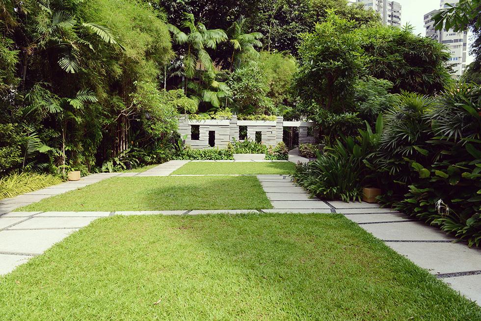 バリ様式の庭園